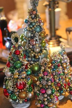Jewelry and ornament tree #VintageJewelry