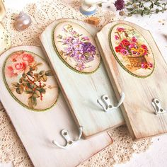 Can be made with pallet - decoupage - vintage Decoupage Vintage, Decoupage Paper, Wood Crafts, Diy And Crafts, Vintage Shabby Chic, Decorative Items, Projects To Try, Handmade, Things To Sell