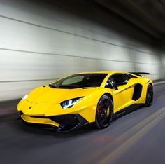 Lamborghini Aventador Super Veloce Coupe painted in Giallo Orion Photo taken by: @zachbrehl on Instagram (@ansel.liu & @joe_liu1988 on Instagram are the owners of the car)