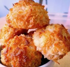 Stuffed Bacon and Cheese Biscuits Quick Family Meals, Family Recipes, Vegetable Cake, Pineapple Lemonade, Macaroon Recipes, Potato Cakes, Coconut Macaroons, Carrot Recipes, Recipe For 4