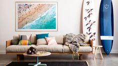 Get The Look: The California Surf Shack. The casual cool look of the California beach bungalow comes to life in the new book, Surf Shack: Laid-back Living by the Water Surf Decor, Surfboard Decor, Surf Style Decor, Style At Home, Deco Surf, Beach House Decor, Home Decor, Beach Houses, Piece A Vivre