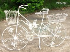 BEAUTIFUL IRON BICYCLE PLANTER IN ANTIQUE WHITE OR