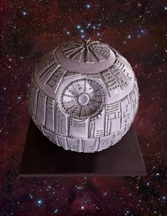 Star Wars: Death Star cake