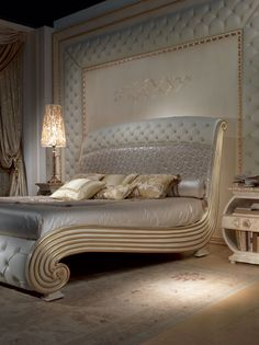Vanity bed, Luxurious lacquered bed, quilted headboard and footboard Modern Luxury Bedroom, Luxury Bedroom Furniture, Luxury Bedroom Design, Home Room Design, Master Bedroom Design, Bed Furniture, Luxurious Bedrooms, Home Decor Bedroom, King Bedroom Sets
