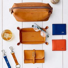 Introducing our handsome Baseball Leather Collection, perfect for the dad who loves classic style. Let's play ⚾️