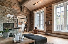 New Raw Wood Interior Colour Ideas Cabin Interiors, Wood Interiors, Cabin Homes, Log Homes, Cabins And Cottages, Home And Deco, Interior Exterior, Design Case, Colorful Interiors