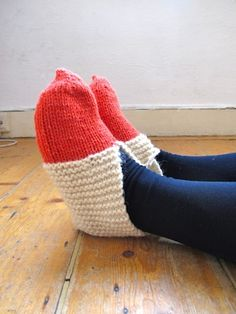 hand knitted slippers and socks - Sadaf @ GAG  Polka dots and Stripes - Sadaf @ GAG  from http://www.intelligent-----clashing.com/