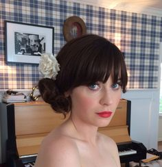 Zooey Deschanel's Golden Globes updo how-to