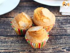 These moist and crunchy muffins are the best for an afternoon snack or a successful breakfast. Desserts Espagnols, Desserts Printemps, Muffins, Frappuccino, Afternoon Snacks, Cookies, Food Videos, Sweet Tooth, Food And Drink