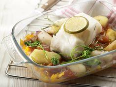 Aardappelen in de oven met kabeljauw, tomaat en Provençaalse kruiden