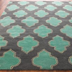 Floating Medallion Hand Tufted Rug
