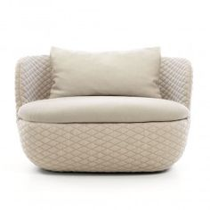 The Moooi Bart Canapé Armchair is a cocoon of sheer comfort.