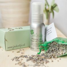 JadOrLife 100% biologic massage oil  with essential oil of lavender, juniper, tea tree and rosemary. Good for sport massage, helps to relax muscles. Free of parabens and phenoxyethanol and animals ingredients  Photo:BalansLaB  #biologicmassageoil #oilmassage #amsterdam #oil #massage #sports #sportmassage #BalansLaB #jadorlife