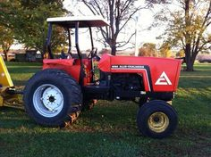 Allis Chalmers 6060 Tractor for sale by owner on Heavy Equipment Registry. http://www.heavyequipmentregistry.com/heavy-equipment/14026.htm