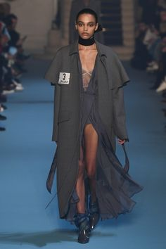 Off-White Fall 2018 Ready-to-Wear Collection - Vogue MENSWEAR - DEEP SPLIT - DEEP V NECK