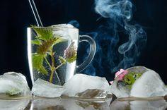 Przepisy kulinarne z pokrzywą Distilled Water, Beer, Mugs, Tableware, Ideas, Home, Get Skinny, Home Remedies, Grief