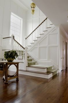 Simple and Ridiculous Tips and Tricks: Wainscoting Door Stairways wainscoting how to how to build.Square Wainscoting Board And Batten wainscoting colors interiors.Stained Wainscoting How To Paint. Wainscoting Hallway, Wainscoting Styles, Wainscoting Height, Wainscoting Nursery, Painted Wainscoting, Wainscoting Panels, Painted Stairs, Stair Walls, Home Modern