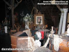 Davelandblog: Freaky Fridays @ The Haunted Mansion: The Attic