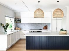 10 Pendant Lighting Ideas for Bohemian Kitchens | Hunker Kitchen Island Bench, Kitchen Cabinets, Kitchen Peninsula, Kitchen Countertops, Shaker Cabinets, Kitchen Appliances, Kitchen Interior, New Kitchen, Kitchen Decor