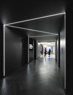 coblentz-office-design-1 Gym Interior, Office Interior Design, Office Interiors, Interior Lighting, Interior Architecture, Design Offices, Hotel Interiors, Modern Interior, Schönheitssalon Design