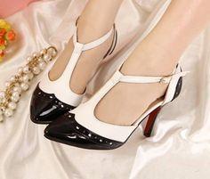Ws553 Sapato Oxford Scarpin Salto Baixo - R$ 99,99