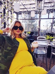 Cute Maternity Outfits, Stylish Maternity, Pregnancy Outfits, Maternity Fashion, Baby Bump Style, Mommy Style, Estilo Baby Bump, Kinds Of Clothes, Clothes For Women