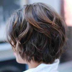 carré court, coiffure dégradée femme