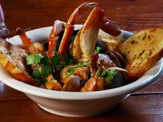 San Francisco-Style Cioppino from FoodNetwork.com - Perfect for Super Bowl Game between SF 49ers and Ravens.