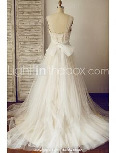 A-line Plus Sizes / Petite Wedding Dress - Chic & Modern Wedding Dresses in Color Sweep / Brush Train Square Lace / Tulle with Ruche 2016 - $119.99