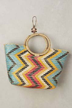 Discover unique Tote Bags at Anthropologie, including the seasons newest arrivals. Summer Handbags, Blue Handbags, Trending Handbags, Vacation Style, Vacation Fashion, Tote Purse, Tote Bags, Summer Accessories, Passion For Fashion