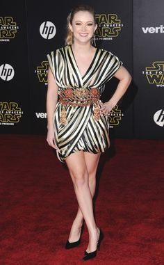 Billie Lourd from Star Wars: The Force Awakens Premieres Around the World  Carrie Fisher's daughter seems to have inherited her mother's movie star looks. The Scream Queenlooked picture-perfect in a striped kimono-inspired wrap dress finished off with an ornate embellished gold and ruby belt on the Hollywood red carpet premiere of the film.