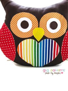 Owl Sewing Pattern Easy Owl Pillow (The pattern is not free. I pinned it because I like the colors & the way the fabrics are combined).
