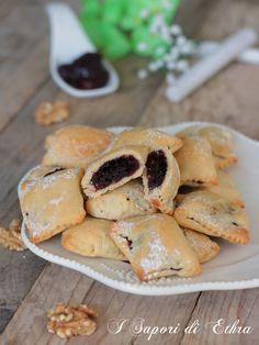 Chestnut flour and chocolate drops biscotti - Juls' Kitchen