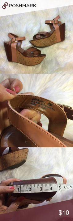 Chinese Laundry platform wedge sandals brown pink Chinese Laundry Platform Cork Wedge high heeled sandals size 9  Duo Tone Camel Tan, Brown with Dusty Rose, Pink accents Side Buckle 4.5 Inch tall wedge Fair condition. does have some visible scrapes. Chinese Laundry Shoes Wedges