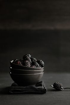 WabiSabi Still life photography by Gilles Pouchele  http://gillespouchele-dside.tumblr.com/