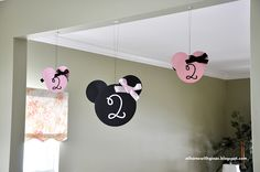 At Home with Gina C.: Minnie Mouse Birthday Party DIY Decorations