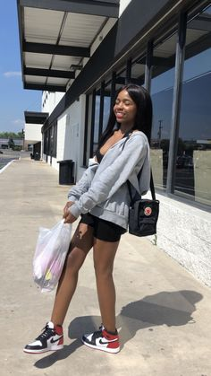 Retro Outfits, Trendy Outfits, Fashion Outfits, Vest Outfits, Fashion Styles, Cute Comfy Outfits, Cute Summer Outfits, Jordan Outfits Womens, Jordan 1