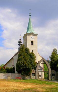 Červená Voda • Mapy.cz Tower, Mansions, House Styles, Building, Travel, Home Decor, Rook, Viajes, Decoration Home
