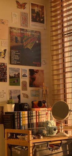 Room Ideas Bedroom, Bedroom Inspo, Bedroom Decor, My New Room, My Room, Dorm Room, Jungle Bedroom, Indie Room, Pretty Room