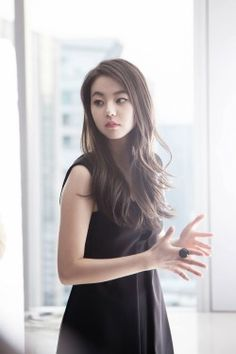 So Hee - Reebok Classic Asian Fashion, Fashion Beauty, Beauty Style, Sohee Wonder Girl, Korean Celebrities, Celebs, All Hairstyles, Seductive Women, Pretty Asian