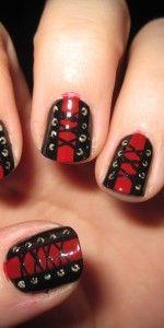 corset nail art can be done on short nails! Goth Nail Art, Gothic Nails, Creative Nail Designs, Creative Nails, Art Designs, Bling Nails, Get Nails, Hair And Nails, Rockabilly Nails