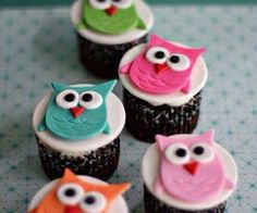 Happy locappy! Bringing you the joy of great food at a great offer !   #london #smart #owl #business#local #economy #food #hyper #helping #help #expand #progress #inspirational #deals #offers #discover #locappy #cupcakes #owl #food #eat #colourful #color #happy