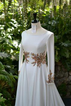 Tesettür Abiye Modelleri 2020 - Tesettür Modelleri ve Modası 2019 ve 2020 Evening Dresses, Prom Dresses, Wedding Dresses, Abaya Fashion, Fashion Dresses, Pretty Dresses, Beautiful Dresses, Dress Outfits, Casual Dresses