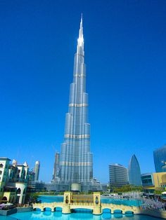 Burj khalifa is the tallest building in the world. It is 828 meters tall and has 162 floors. What a magnificent and charming building!