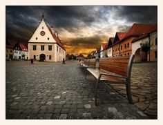 Bardejov, Town Hall Square Cities In Europe, Medieval Town, Europe Travel Tips, Town Hall, Mansions, House Styles, City, Places, Nature