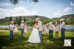 funny and creative bridal party photography for rustic and country weddings