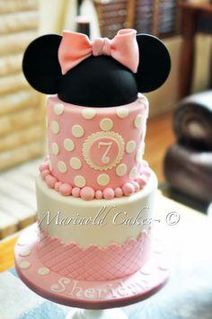 Minnie Mouse Birthday Cake — Birthday Cake Photos