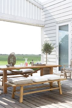 outdoor dining - simple table