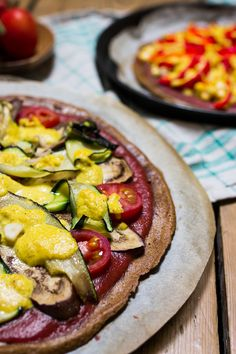 Vegan & Glutenfree: Easy Quinoa Pizza Crust