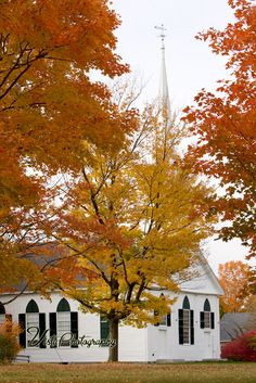 New Salem Church, Massachusetts ~ been here too ! Such a pretty little town by the water. Cant wait to go back